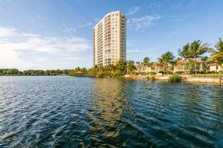 Mastique, Fort Myers Real Estate